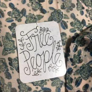 Free People Dresses - Free People Dress Blue, Green, & White w Ruffles